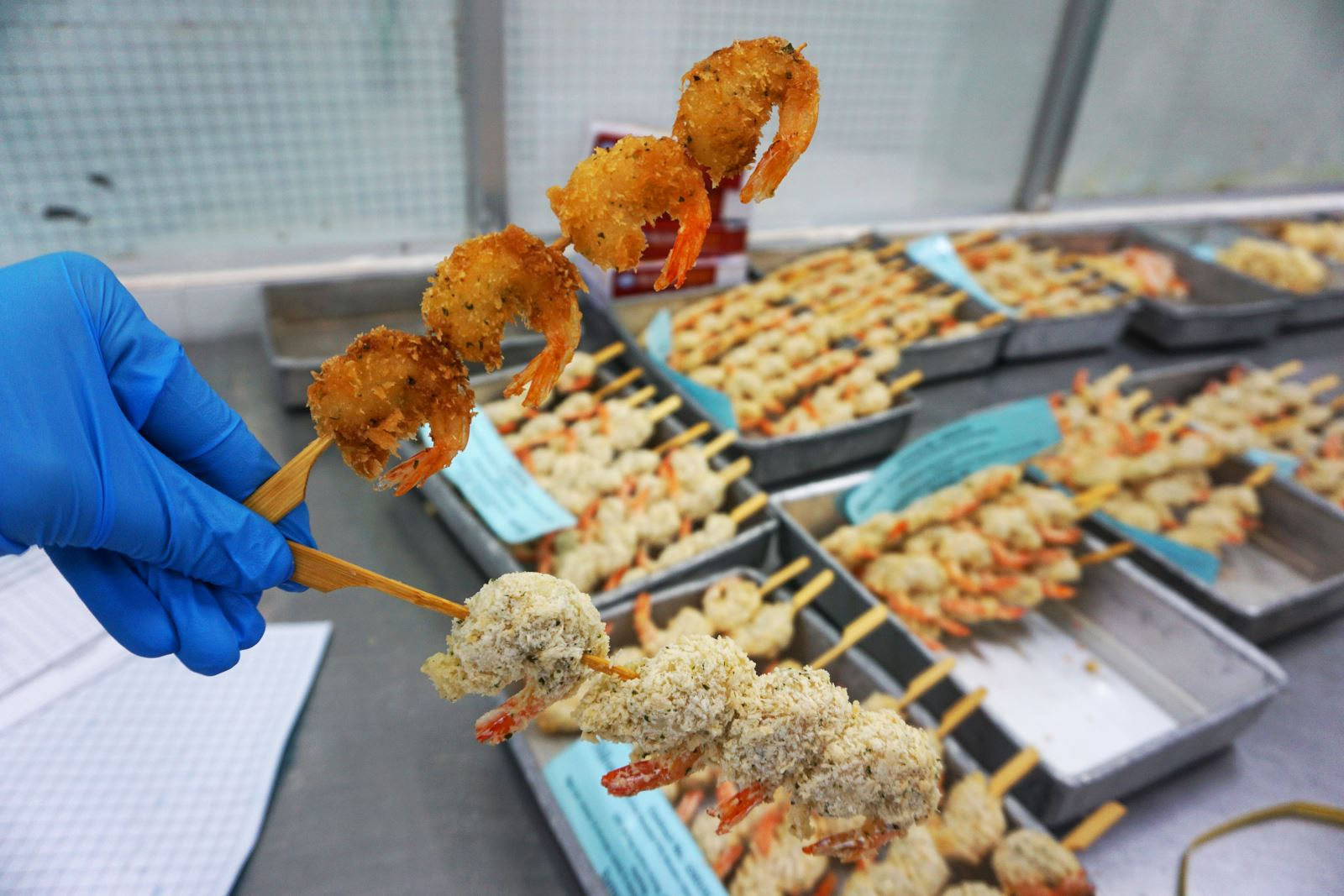 Pre-fried Skewered Vannamei Shrimp After Being Cooked
